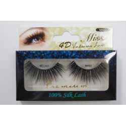 Miss 4D Volume Lash - M402